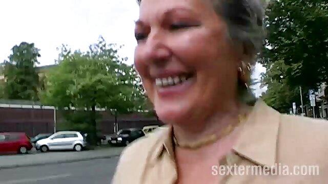 Πορνό χωρίς εγγραφή  Ισχυρή πορνο σεξ βιντεο πούτσο στο μπάνιο
